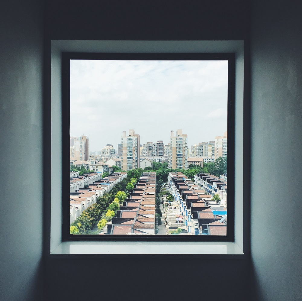 Square window looking out over the city scape.  Learn the technique of 'Square breathing' with Sarah Tuckett Psychotherapy and Counselling North Brisbane
