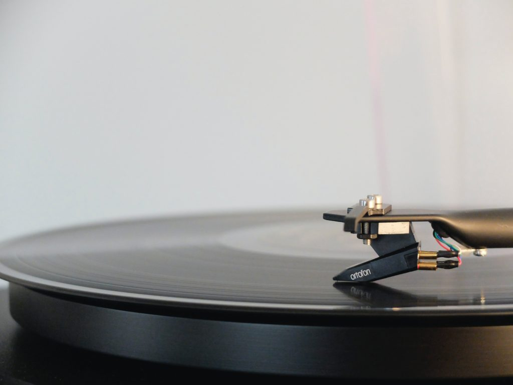 Record being played on record player  - Three ways music can reduce your anxiety - Sarah Tuckett Psychotherapy and Counselling North Brisbane